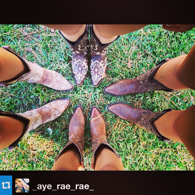 It's almost Friday... Are you going out with your #boots on? #repost from @_aye_rae_rae_  #cavenders #ariats #corral