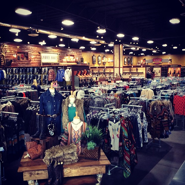 New stores are coming in 2015! Where do you want to see the next #Cavenders?